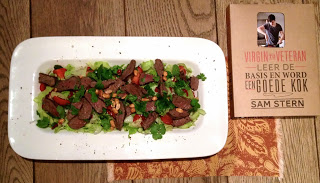 Knapperige Thaise salade met biefstuk – Kookboek van het Jaar 2013