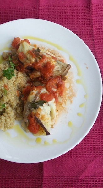 Aubergine-kiprolletjes met mozzarella & tomaat