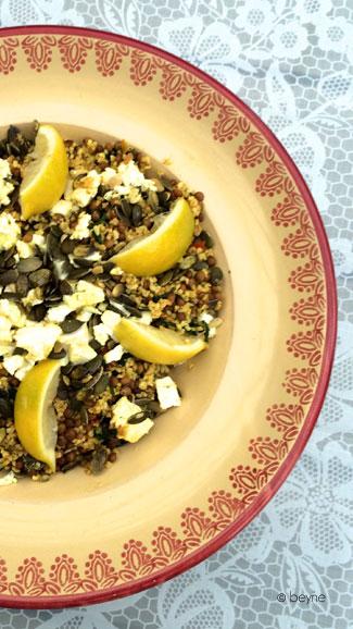 Salade van boerenkool, bulgur & linzen