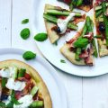 courgettepizza met groene asperges & ham